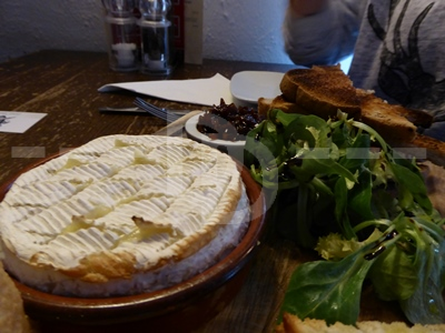 Baked camembert for starter at the Pyne Arms, East Down